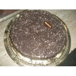 trufa y nata -trufa, bizcocho, nata,terminada con trufa y granillo de chocolate-5 pax